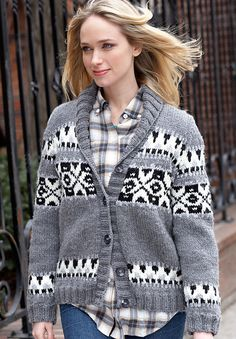 Ravelry: Weekend Cardigan pattern by Bernat Design Studio  I want this