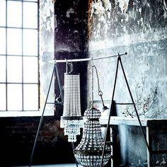 Hoy en el blog hablamos de las nuevas lámparas de Olsson & Jensen - son muy especiales ❤️#lamparas #lámparas #iluminacion #lamps #ceilinglamps #olssonjensen #estilonordico #estilonordicoblog