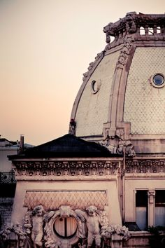 #parisian architecture details...