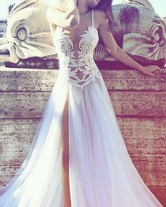 #bride #weddingdress #bridalwear #bridalcouture #dresseswelove #dresswithadifference #bridal #elegance #couture #socialbride http://gelinshop.com/ipost/1523507255873283361/?code=BUklcb_DqUh