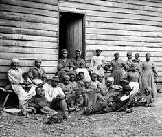 Slaves on the plantation