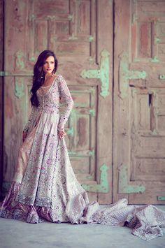 Elan Bridal | Zelda Dress | 41 Wedding Dresses Inspired By Nintendo Princesses