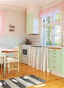 love this 50s kitchen!