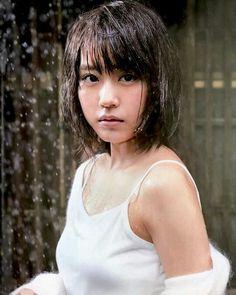 Beautiful Japanese Girl, Japanese Beauty, Beautiful Asian Women, Asian Beauty, Beautiful People, Natural Beauty, Asian Woman, Asian Girl, Young Actresses