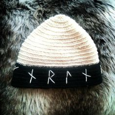 Handmade Nålbinding hat white and black wools Fearless runes Younger Futhark Viking https://www.etsy.com/listing/209072948/handmade-nalbinding-hat-white-and-black?ref=shop_home_active_9