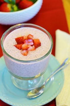This was gross - with and without the chia seeds. This 21 Day Fix approved chia-seed pudding is sweet, creamy and uses a surprising secret ingredient to make it taste just like cheesecake! 21 Day Fix Desserts, 21 Day Fix Snacks, Low Carb Desserts, Healthy Desserts, Healthy Recipes, Healthy Food, Healthy Nutrition, Healthy Eating, All You Need Is
