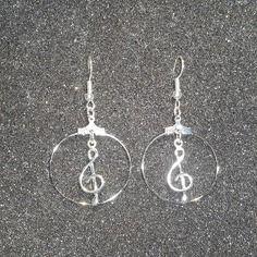Une magnifique paire de boucles d'oreilles/créole en argent massif 925
