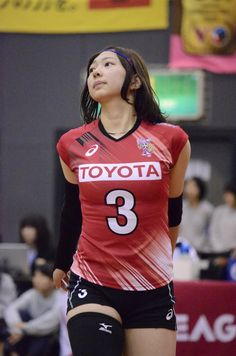 22 Times Volleyball Players Showed Us More Than Just A Perfect Serve Cute Asian Girls, Beautiful Asian Girls, Most Beautiful Women, Female Volleyball Players, Women Volleyball, Volleyball Shorts, Beautiful Athletes, Look Girl, Sporty Girls