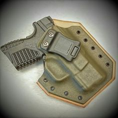 Springfield XDS 45 in a Leatherback Hybrid Holster from WW Tactical Systems.  wwtacticalsystems.com