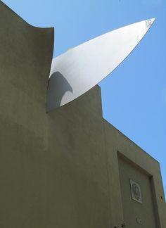 Claes Oldenburg. Knife Slicing Through Wall 1989. W. Hollywood