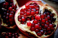 Superfood Spotlight: Pomegranate