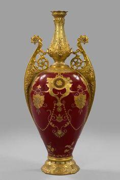 : Fine Royal Crown Derby Porcelain Garniture Vase