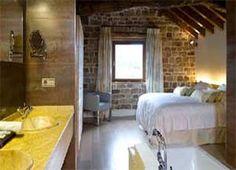 Escapada romántica a Palencia Relax, Furniture, Home Decor, Romantic Getaways, Decoration Home, Room Decor, Home Furnishings, Home Interior Design, Home Decoration