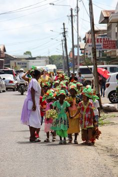 Surinamese Children in traditional clothes at Keti Koti 1 July Keti Koti is the Emancipation Day (end of slavery) in Suriname. America 2, South America, Emancipation Day, End Of Slavery, Traditional Clothes, Juni, The Republic, City Streets, Worlds Of Fun