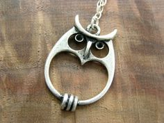 i love this owl! #jewelry #necklace
