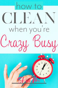 Want a clean house, but work full time? Or maybe you're crazy busy! These cleaning tips and hacks for busy people will help you keep your house clean in the time you have available. Cleaning Checklist, Cleaning Tips, Clutter Solutions, Youre Crazy, Bathroom Cleaning Hacks, Home Management Binder, Crazy Busy, Family Organizer, Homekeeping