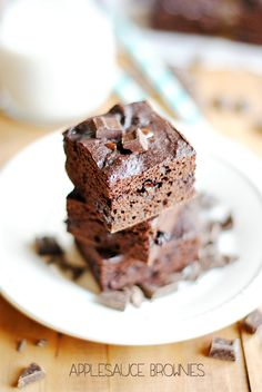 These Applesauce Brownies have absolutely no refined sugar, no butter/oil, and use whole wheat flour!