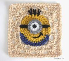 Minion Granny Square FREE Crochet Pattern