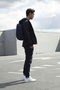 #streetstyle #mensfashion #menswear #stylewatch #styleinspo Fashion Art, Fashion Outfits, Fashion Trends, Fashion Black, Black Grunge, Just For Men, Triple Black, People Photography, Mens Clothing Styles