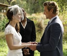 Teresa Lisbon and Patrick Jane on their wedding day in The Mentalist.