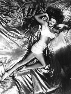 "Rita Hayworth in themusical film ""Cover Girl""  (1944)"