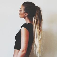 Love this look! #hairburst \( ^▽^ )/ Shop ombre hair extensions from http://www.latesthair.com/
