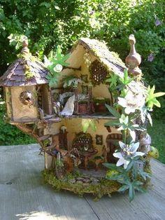 The grapevine fairy house