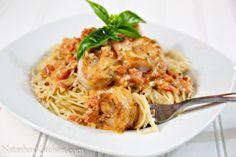 Spaghetti with Shrimp in creamy tomato sauce