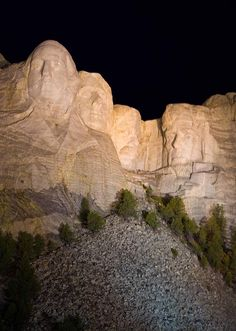 Mount Rushmore At Night.this is amazing. The Mount Rushmore National Memorial is a sculpture carved into the granite face of Mount Rushmore near Keystone, South Dakota. Places In America, Places Around The World, The Places Youll Go, Places To See, Around The Worlds, Mont Rushmore, Great American Road Trip, Park Service, South Dakota