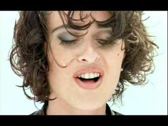 Lisa Stansfield - Change - She was absolutely gorgeous in this clip!! I miss her music!