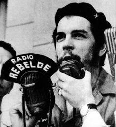 February Radio Rebelde begins broadcasting in Cuba at the initiative of Che Guevara. Radio Rebelde, Che Guevara Images, Ernesto Che Guevara, Fidel Castro, Guerrilla, Popular Culture, Color Photography, Revolutionaries, Rock And Roll