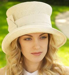 Ivory Straw Hat With Cream Silk Trim. Cloche, Derby Hat, Wedding Hat. Church Hat. Kentucky Derby Hat