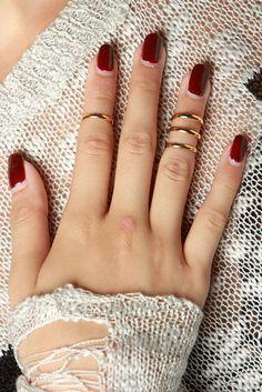 So HOT Thin Gold Mid Finger RIngs