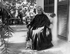 A biography of Queen Lili'uokalani of Hawaii, the last Native Hawaiian ruler. - Known for: Last reigning monarch of the Kingdom of Hawai'i; composer of over 150 songs about the Hawaiian Islands; translator of Kumulipo, the Creation Chant  Dates: September 2, 1838 – November 11, 1917 Reigned: January 20, 1891 – January 17, 1893 Married: John Owen Dominis, September 16, 1862  Also Known As:  Lydia Kamaka'eha, Lydia Kamaka'eha Paki, Lydia K. Dominis, Liliuokalani
