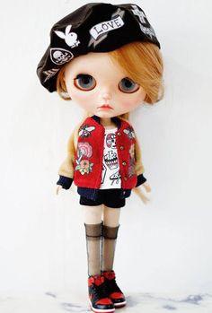 Sugarbabylove Black beret for Blythe