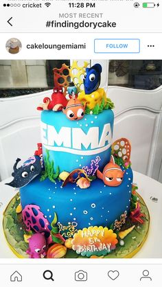 Honestly the prettiest Dory cake I've seen! Cupcakes, Finding Nemo Cake, Finding Dory Birthday Cake, Nemo Y Dory, Masha Cake, Sea Cakes, Disney Cakes, Novelty Cakes, Cake Creations