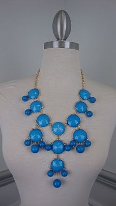 Right This Way Necklace, Blue. I have yellow, I need blue too!! :) #thebluedoor
