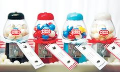 These mini gumball dispenser machines are a guaranteed table pleaser. As a favor or as a table decoration just turn the crank and be rewarded with an authentic Double Bubble every time. Gumball candies are included. Wedding Favours Australia, Shower Favors, Party Favors, Pack Of Gum, Edible Wedding Favors, July Wedding, Dream Wedding, Wedding Bells, Gumball Machine