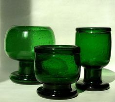 Kaj Franck (Finnish, Several Large Glass Sargasso Goblets Made at the Nuutajarvi glassworks, Finland, circa 1966 Largest inches high. Vintage Kitchenware, Vintage Glassware, Glass Design, Design Art, Swedish Style, Scandinavian Art, Stained Glass Art, Vintage Pottery, Tile Art
