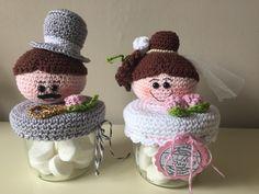 Crochet Jar Covers, Crochet Hats, Tops, Coffeemaker, Jars, Ornaments, Knitting Hats
