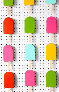 cardboard popsicle photo backdrop