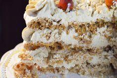 Hazelnoot schuimtaart Easy Cake Decorating, Creative Cakes, Yummy Cakes, Cake Cookies, Vanilla Cake, Holiday Recipes, Cookie Recipes, Trifle, Baking
