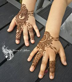 And 2 other princess 😍👸 Henna Designs For Kids, Mehndi Designs Book, Modern Mehndi Designs, Beautiful Henna Designs, Bridal Mehndi Designs, Mehandi Designs, Arabic Henna, Henna Mehndi, Henna Arm Tattoo