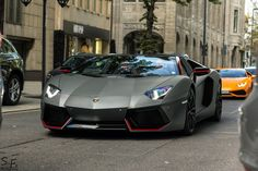 Lamborghini Aventador Roadster Pirelli Edition