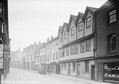 A lovely old picture taken of Norwich, Oak Street, from 1935. Photo added by Izzi Johnson.