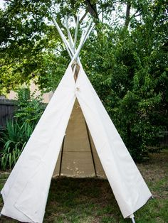 Learn how to build a simple backyard teepee with easy, no-sew instructions from…