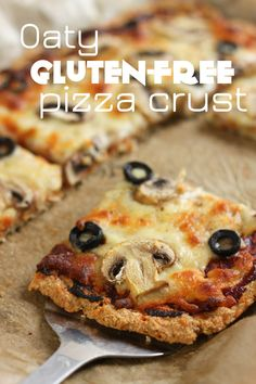 Oaty gluten-free pizza crust - a quick and easy gluten-free pizza crust that holds its own against the wheaty version!