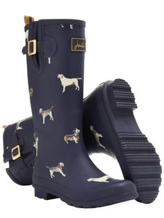 I want these so bad. #wellyboots #wellingtons #dogwalking