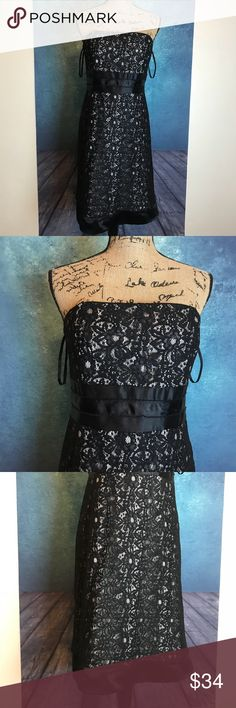 WHBM Black Floral Flower Lace High Waist Dress 12 MEASUREMENTS∴ in inch  Pit to Pit>19 Shoulder to Shoulder> Length---->31  Measurements Are Approximate  And May Vary Slightly.  #8 White House Black Market Dresses Prom