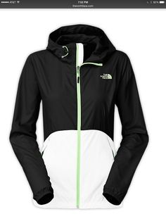 I want it!!!! NORTH FACE WOMEN'S FLYWEIGHT HOODIE